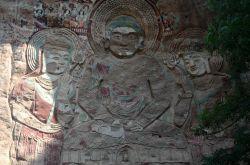 拉梢寺--世界第一大摩崖浮雕大佛